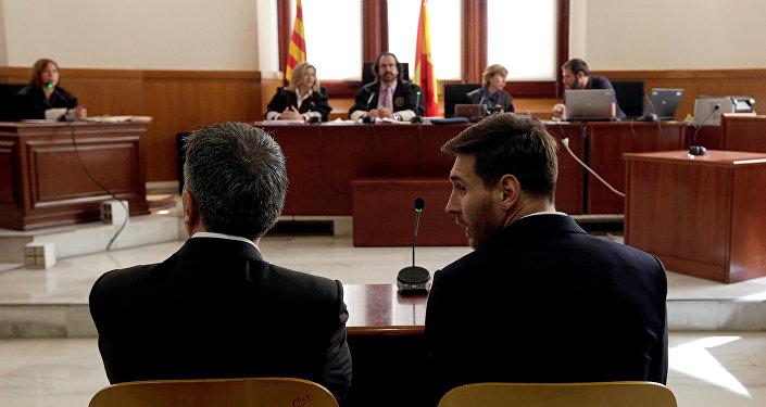 ¿Por qué acusan a Messi de fraude fiscal en España?