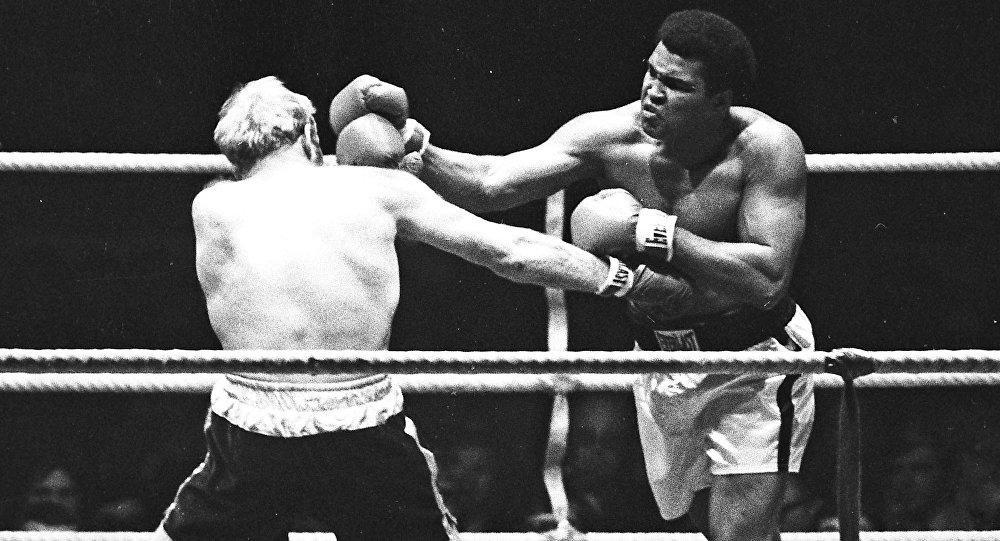 Muhammad Ali contra Richard Dunn, Alemania, 1976.