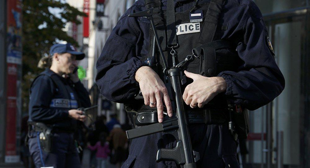 Policías franceses (archivo)
