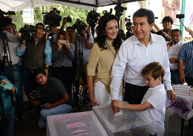Héctor Yunes, un candidato a gobernador en Veracruz