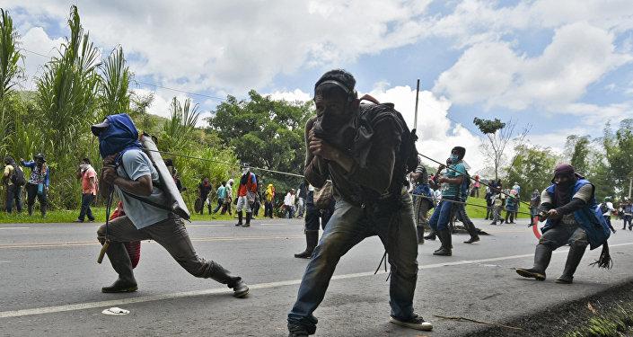 Indígenas colombianos denuncian 36 heridos y cuatro retenidos en protestas