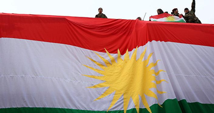 La bandera de Kurdistán iraquí