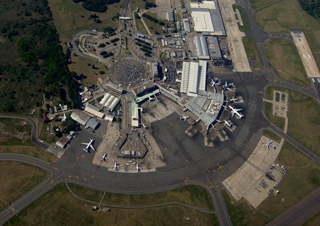 Un aeropuerto visto desde la altura (foto ilustrativa)