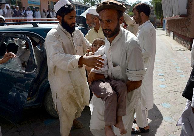 Víctimas de la explosión en una mezquita de Afganistán