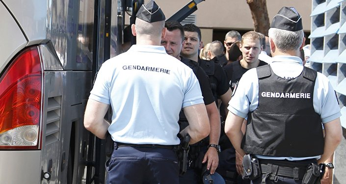 Detención del autobús con hinchas rusos en Marsella