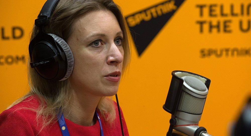 María Zajárova, portavoz del Ministerio de Exteriores de Rusia, en el estudio de Sputnik en el XX Foro Económico de San Petersburgo