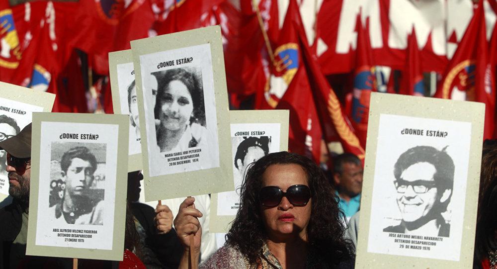 Una manifestación por los detenidos y desaparecidos en Chile durante la dictadura (archivo)