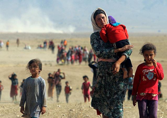 Kurdos yazidíes intentado huir de Daesh