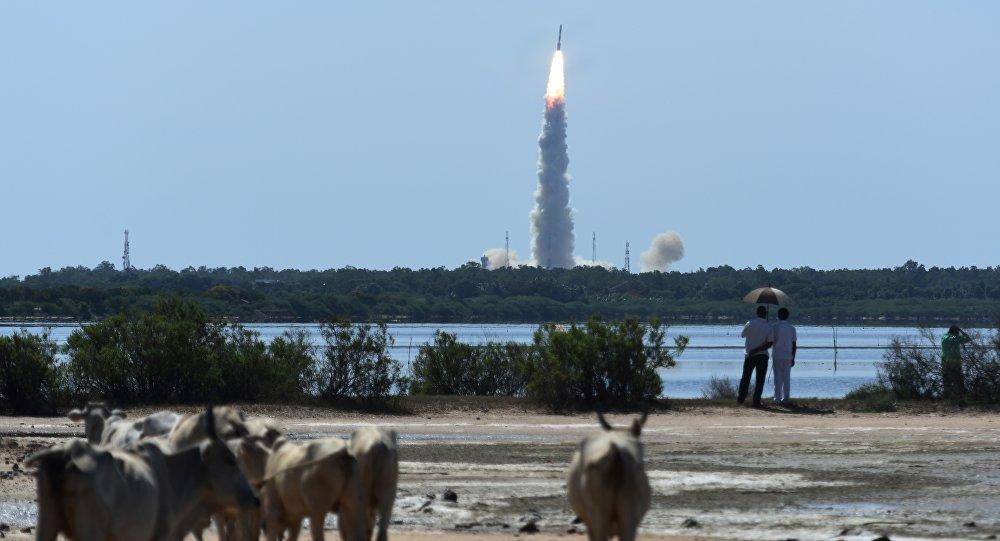 La India lanza 104 satélites en una sola misión espacial — AMPLIACION