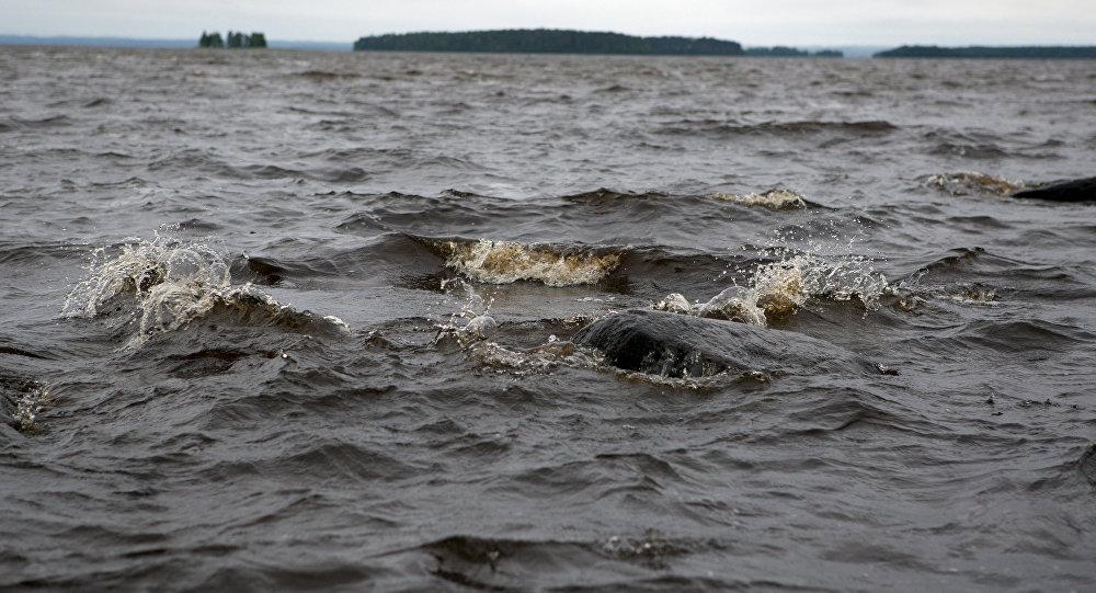 El lago de Siamózero en Carelia