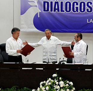 La firma del acuerdo del cese del fuego (Archivo)