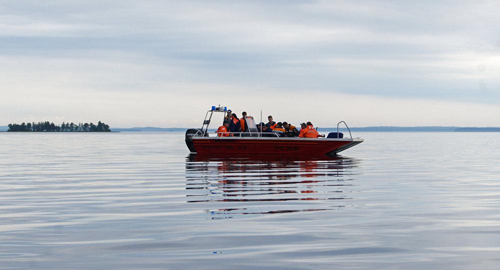 Los trabajos de rescate en Carelia