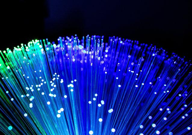 Fibra óptica (imagen referencial)