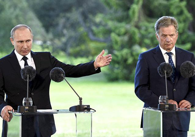 Presidente de Rusia, Vladímir Putin, y presidente de Finlandia, Sauli Niinisto