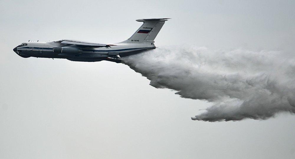 Avión ruso Il-76