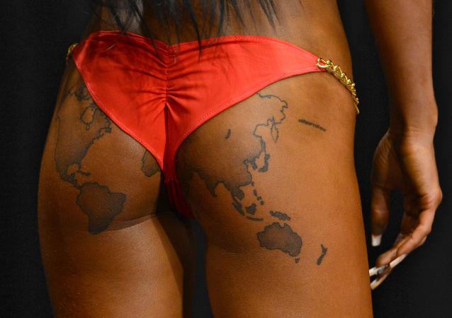 Bikini seductor y atrevido: la evolución del legendario bañador
