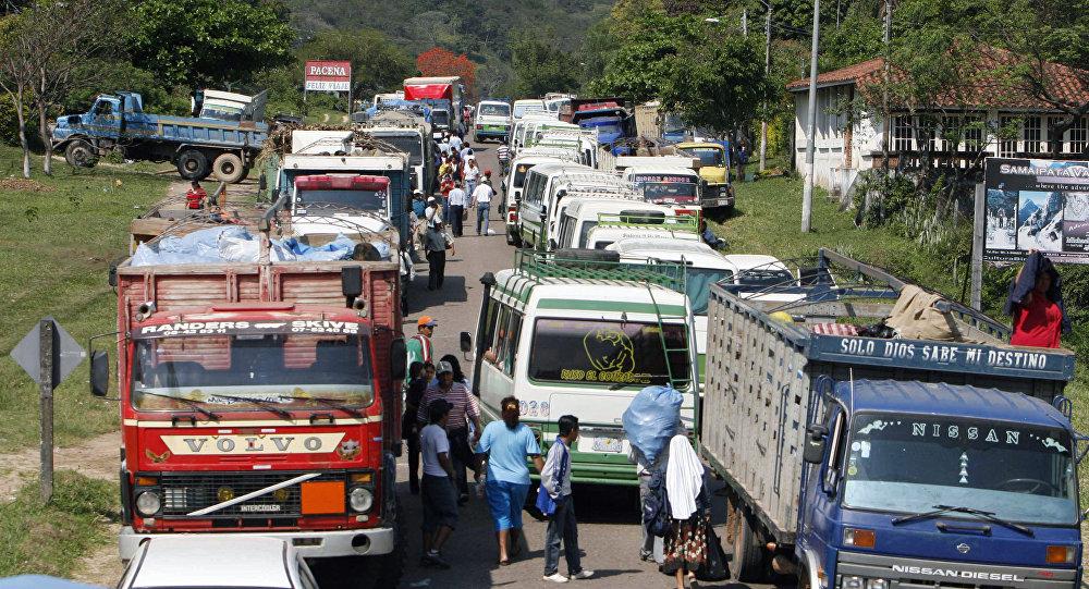 Camiones bolivianos (archivo)