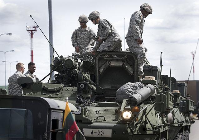 Militares estadounidenses en Lituania en junio de 2016