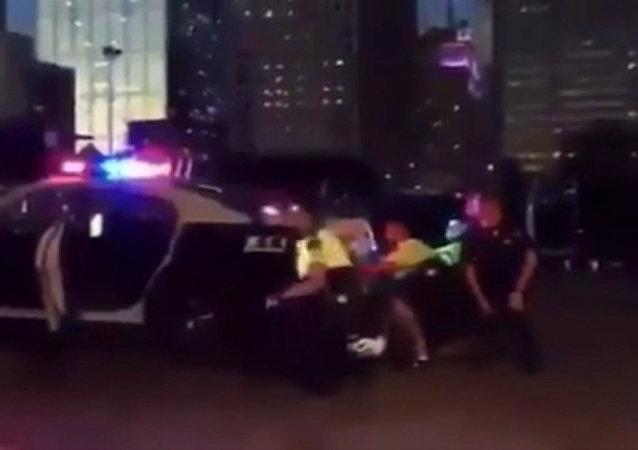 Disparos y sirenas: el tiroteo en Dallas