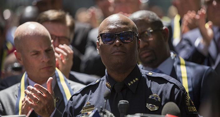 David Brown, jefe de la policía de Dallas