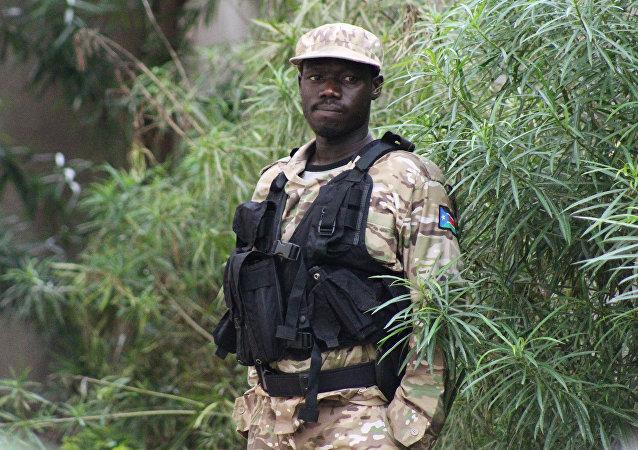 Un policía de Sudán del Surba