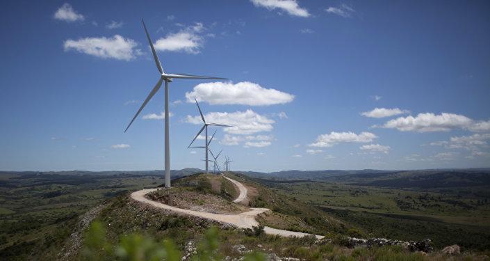 México logra inversión privada por $4.000 millones en energías limpias