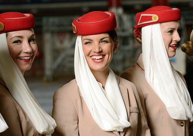 Auxiliares de vuelo de Emirates Airline