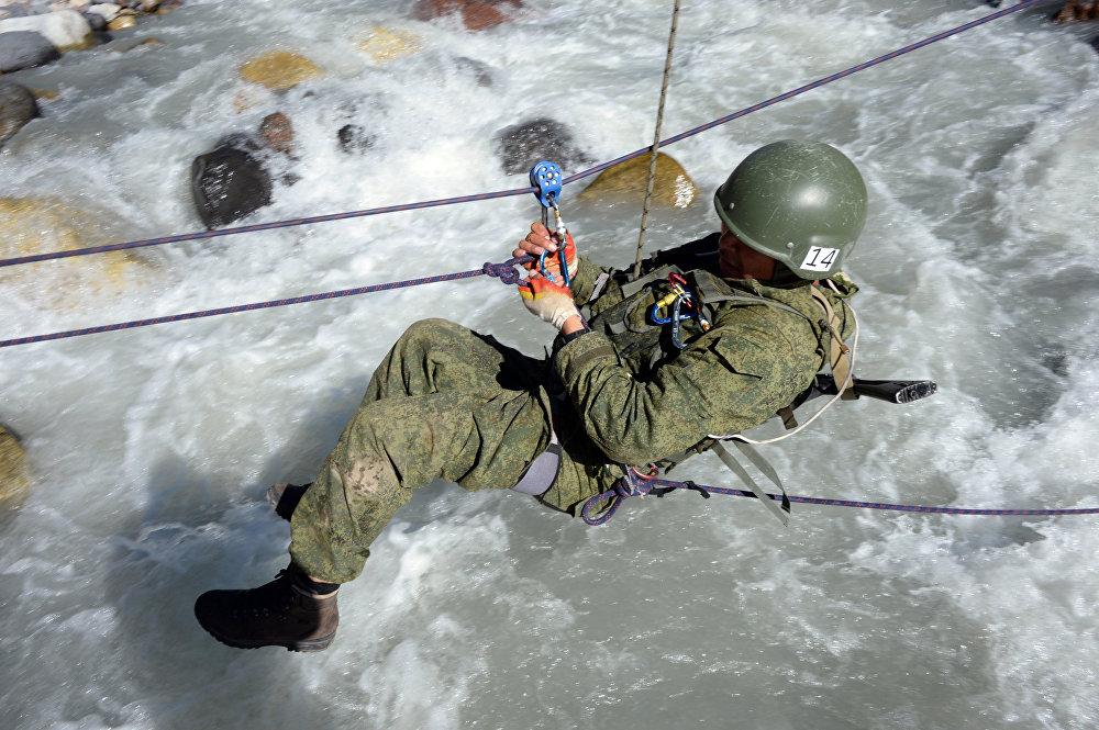 La competencia de las unidades militares alpinas 'Anillo de Elbrus'
