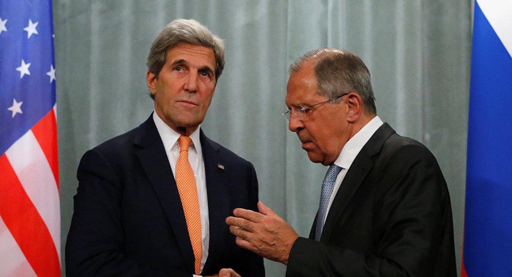 Secretario de Estado de EEUU, John Kerryy, y ministro de Exteriores de Rusia, Serguéi Lavrov