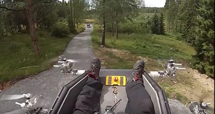 Un sueco logra hacer volar un sillón