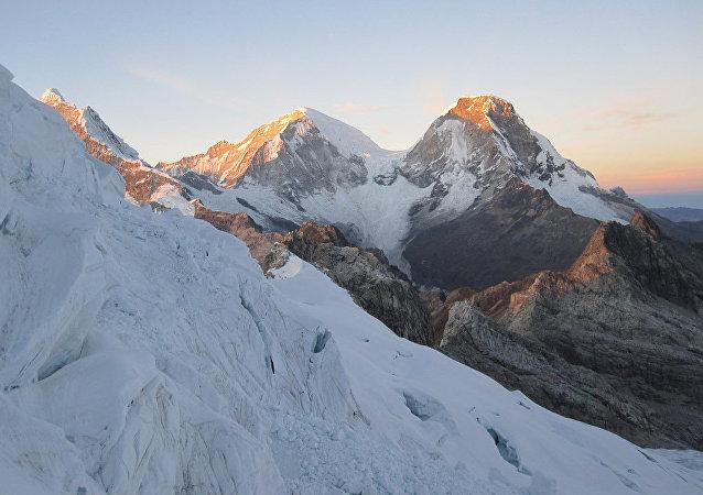 Montaña Huascarán, Perú