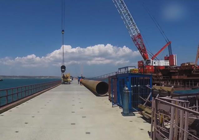 Conozca el puente de Crimea en tan solo 60 segundos