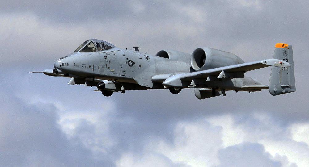 Un avión de asalto estadounidense A-10 Thunderbolt II
