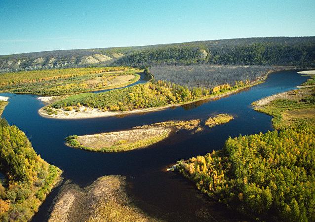 Río en Yakutia, Rusia