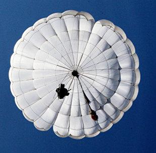 Un paracaidista ruso (archivo)