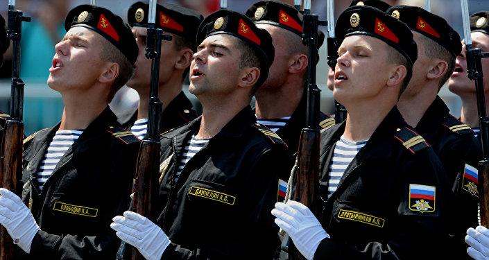 Infantes de la Armada de Rusia, en Vladivostok.