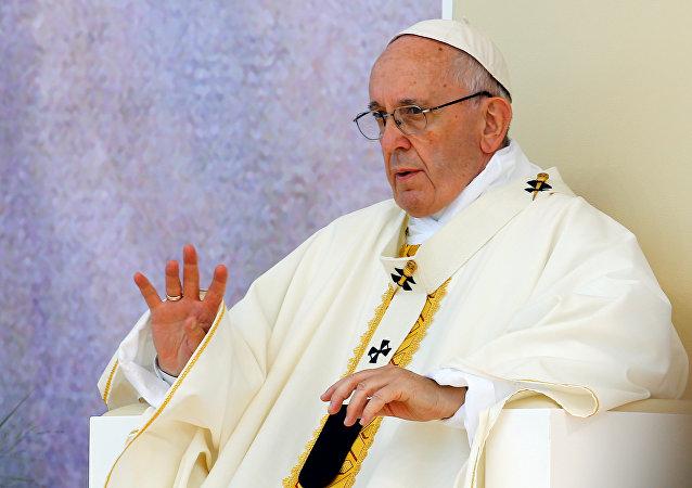 Papa Francisco durante la misa final de la JMJ, en Cracovia, Polonia