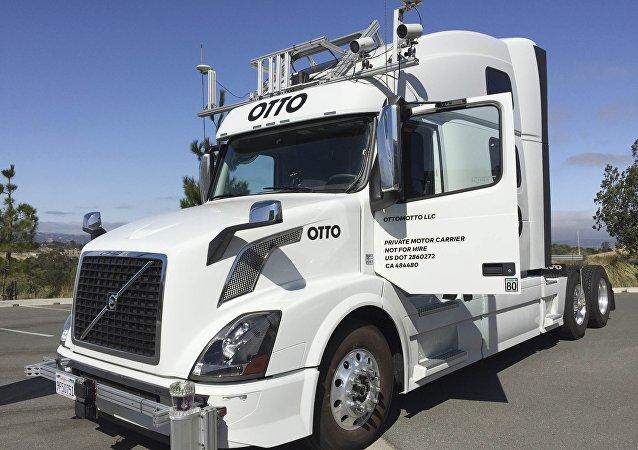 Camión sin conductor Otto, 2016