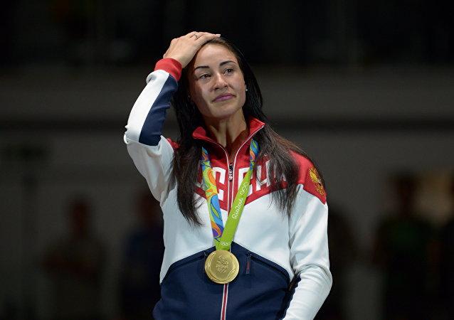 Yana Egorián, sablista rusa