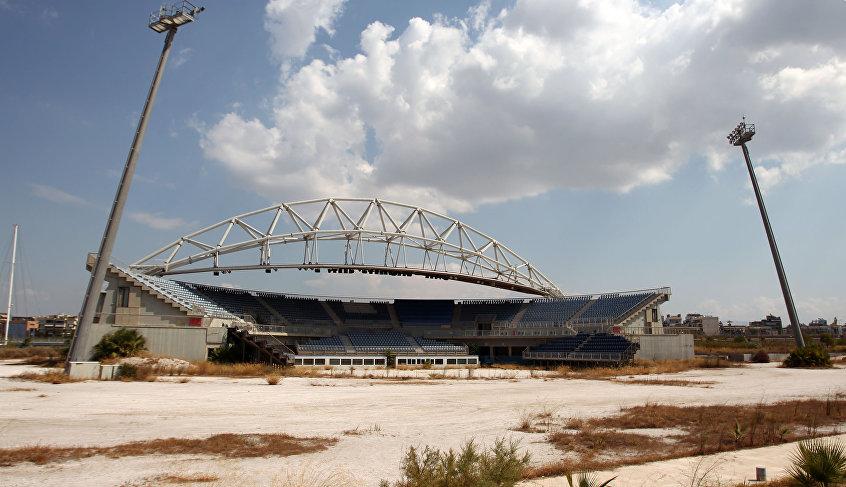 Pabellón olímpico de voleibol abandonado en el sur de Atenas. JJOO de verano de 2004.