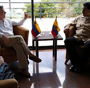 Presidente de Colombia, Juan Manuel Santos, y presidente de Venezuela, Nicolás Maduro