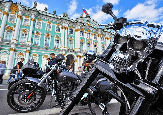 El festival de motos St. Petersburg Harley Days seduce a San Petersburgo