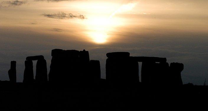 Stonehenge, ilustrativa