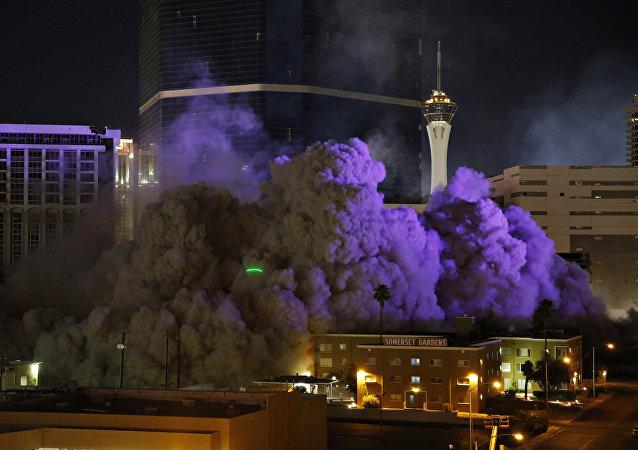 La demolición del casino Riviera