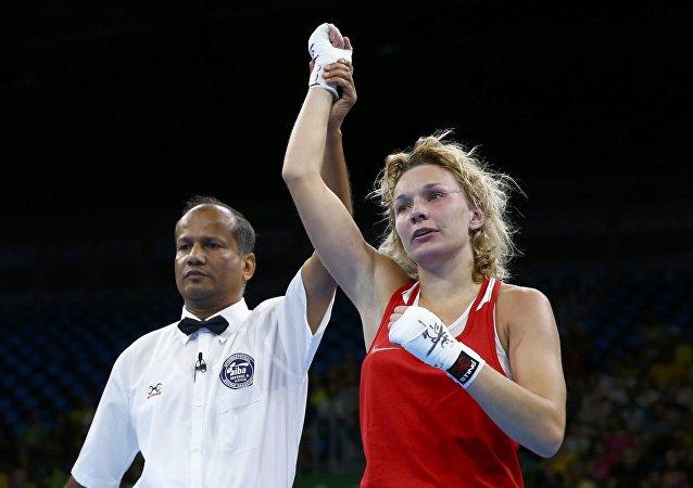 La boxeadora rusa Belyakova gana el bronce en peso ligero en Río