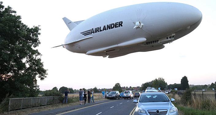 El primer vuelo de la aeronave más grande del mundo