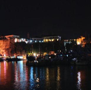 Antalya de noche