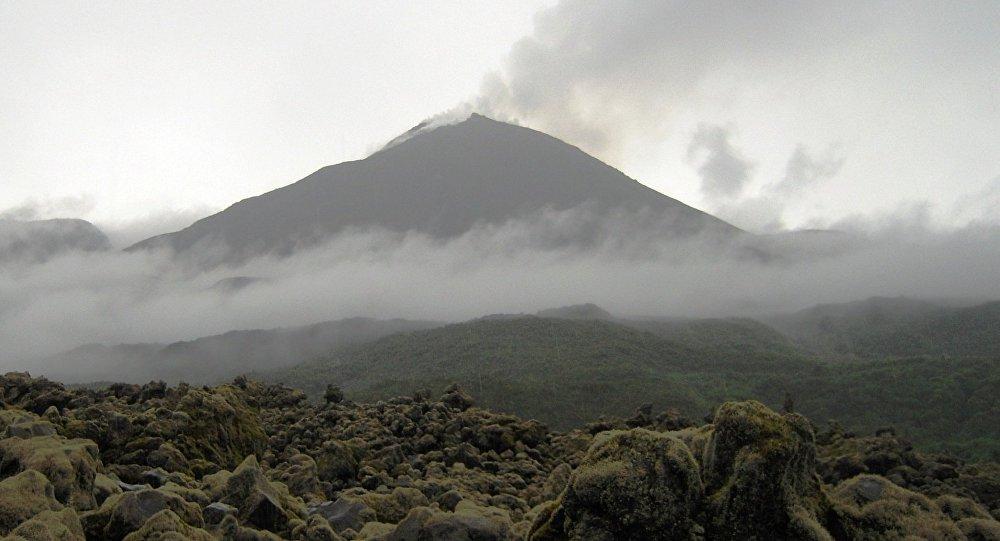 El volcán Reventador