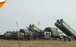 Los misiles antiaéreos S-300, en acción