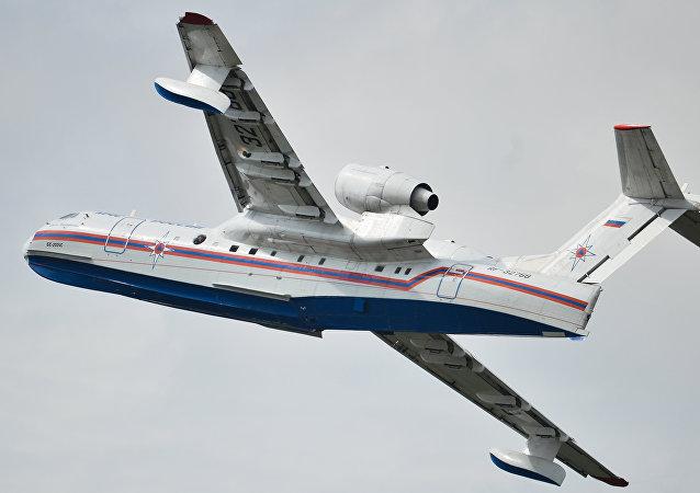 Avión anfibio ruso Beriev Be-200 (archivo)